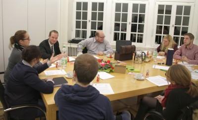 (Foto: WLL) Das Referat Jugendpolitik mit Herrn Hafke im Gespräch.