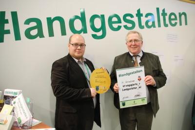 (Foto: WLL) Gerd Wesselmann von der WGZ-Bank, die uns bei der Standgestaltung unterstützt hat.
