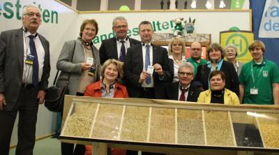 (Foto: WLL) Ausschuss für Ernährung und Landwirtschaft des Deutschen Bundestages am Landjugendstand auf der IGW