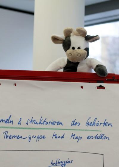 (Foto: WLL) Wilma schaut hinter die Kulissen der Deutschen Landjugendakademie.