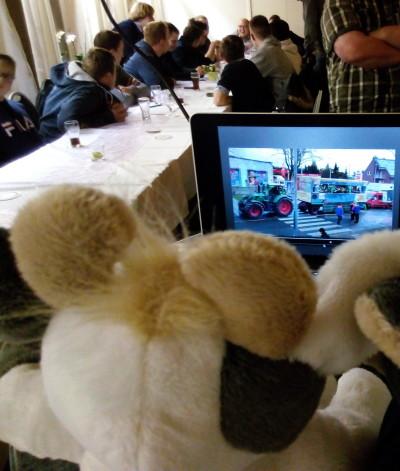 (Foto: J. Filgers) Wilma bei der Hauptversammlung der LJ Stiepel.