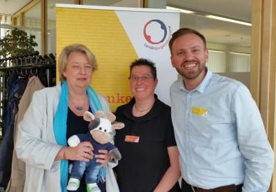 (Foto: WLL) v.l.: Mareile Kalscheuer (Landesjugendamt Westfalen-Lippe (LWL)), Katja Reinl (WLL) und Armin Bembennek (LWL)