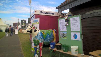 (Foto: Blöhs) Wilma erklärt in Schleswig-Holstein alles rund um die Kuh