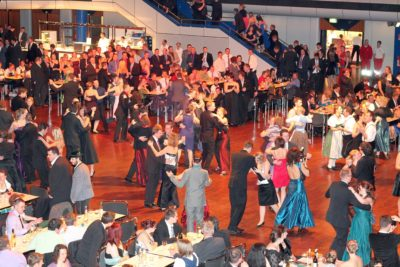 (Foto: WLL) Tanzkurs fürs 70-jährige WLL-Jubiläum