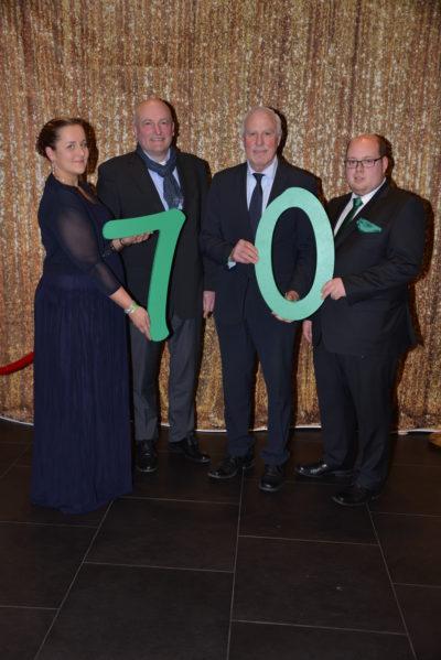 (Bild: WLL/Buhs) WLV Vizepräsident Brüggemeier und Landwirtschaftskammerpräsident Frizen gratulieren der WLL zum 70!