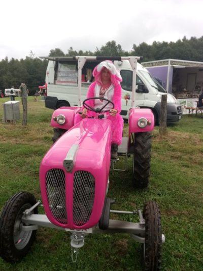 (Foto: LJ Siegen) Pink Rabbit der LJ Siegen
