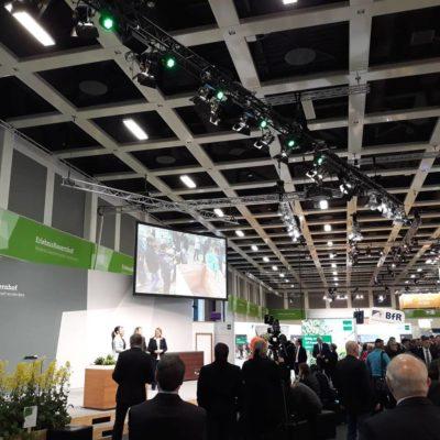 Bild: (WLL/Schmidt):Eröffnung IGW