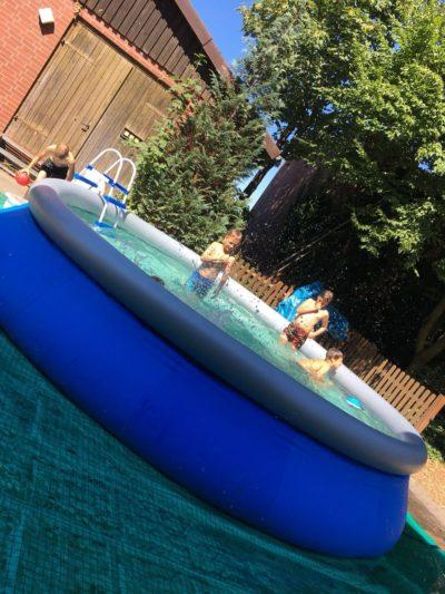 (Foto: WLL/Maletz) Viel Spaß im Pool