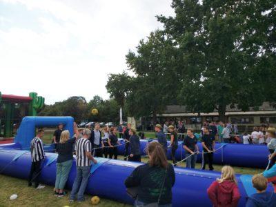 (Foto Welpelo/WLL) Wir bespielen das Dorf!-Aktion bei der Landjugend Weslarn-Brockhausen