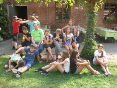 (Foto: Trepte) Gemeinsam die Zeit im Food Camp genießen