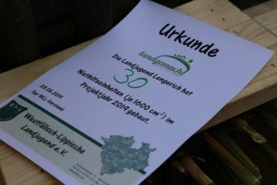 (Foto: WLL/Peters) Die Landjugend Lengerich präsentierte ihre Nisthilfen-Aktion