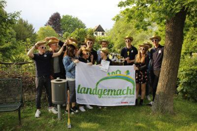 (Foto: WLL/Hoffmann) Die Landjugend Lohne präsentierte Nisthilfen-Aktion vor Ort, 24.05.2019