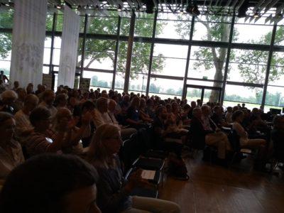 (Foto: WLL/Hoffmann) Der Saal war gut gefüllt