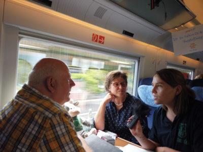 (Foto: WLL/Welpelo) Franziska im Gespräch mit Thomas Nückel, Vorsitzender des Verkehrsausschuss im Landtag NRW